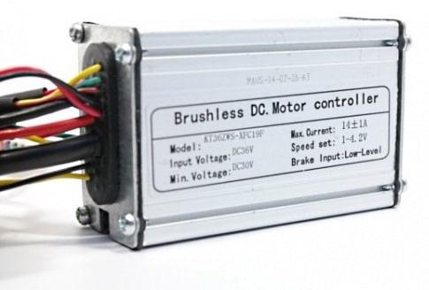 Un controlador para un motor de bicicleta eléctrica